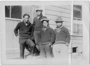 Ramon Domingo (left), 1923