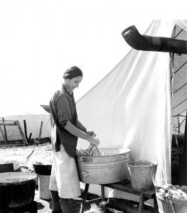 Pea pickers' camp, Calipatria, Imperial Valley, California